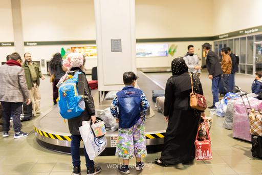 ©2021_World-Relief-Sacramento_Airport-Baggage-Clai