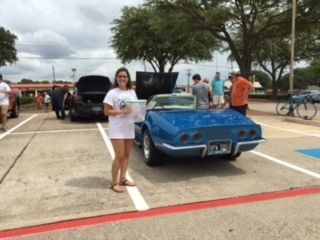 First Annual Minnies Food Pantry Car Show Was A Huge Success - Plano car show