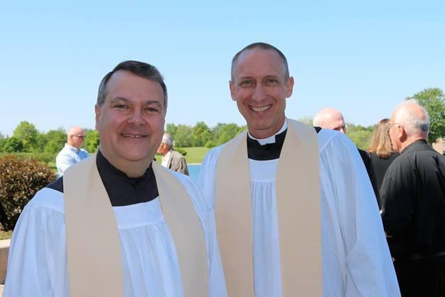 Faith Lutheran Church of Plano senior pastor receives seminary
