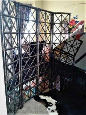 black bamboo folding wall 1.jpg