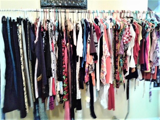 clothing rack.jpg